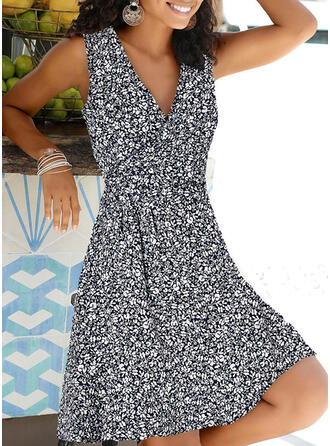 Print/Floral Sleeveless A-line Knee Length Casual/Vacation Wrap/Skater Dresses